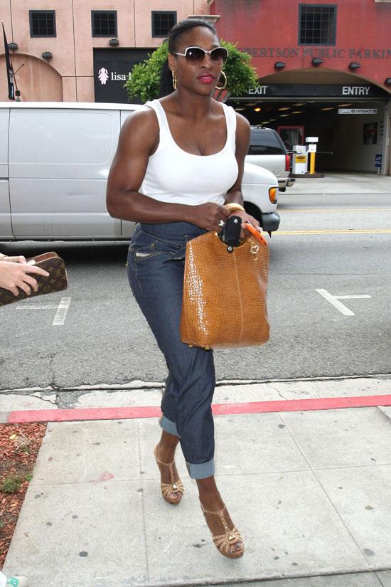 Serena Williams Shopping At True Religion In LA June Th - Michael jackson religion