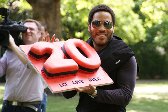 "Lenny Kravitz // Photocall annoucning upcoming ""Let Love Rule 2009 UK Tour"""