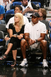 Tiger Woods & his wife Elin at Game 4 of the 2009 NBA Finals in Orlando (June 11th 2009)