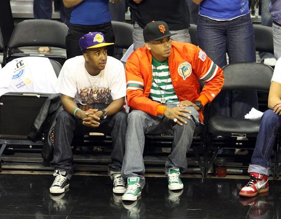 Omarion & Chris Brown // NBA Finals 2009 Game 3 (Magic vs. Lakers) in Orlando, FL (Jun 9th 2009)