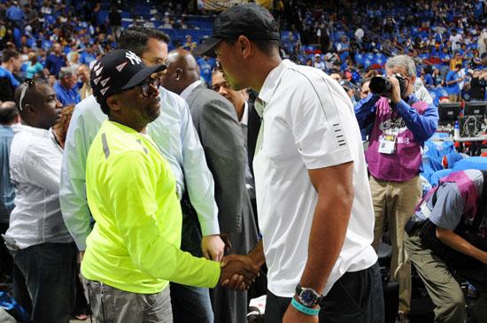 Spike Lee & Tiger Woods // NBA Finals 2009 Game 3 (Magic vs. Lakers) in Orlando, FL (Jun 9th 2009)