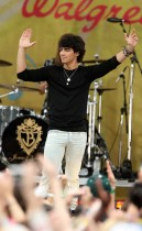 Joe Jonas of The Jonas Brothers The Jonas Brothers // ABC\'s Good Morning America (June 12th 2009)