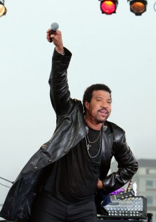 Lionel Richie // CBS\' The Early Show (June 12th 2009)