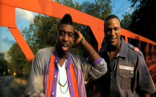 """Yung La & Ricco Barrino - """"Futuristic Love (Elroy)"""" music video"""