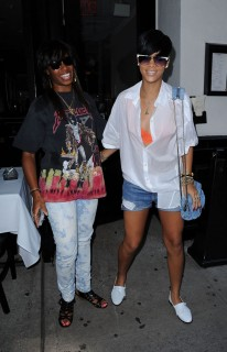 Rihanna & Santigold in New York City (June 29th 2009)