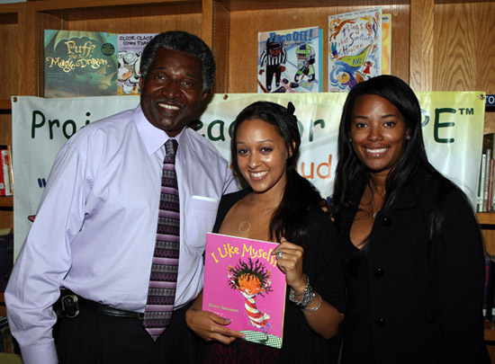 Principal Thaddus Jackson, Tia Mowry & Stephanie Starks // Reading is Fun event at Purche Avenue Elementary in California