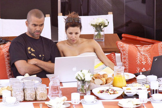 Tony Parker & Eva Longoria on Vacation in St. Tropez (June 2009)