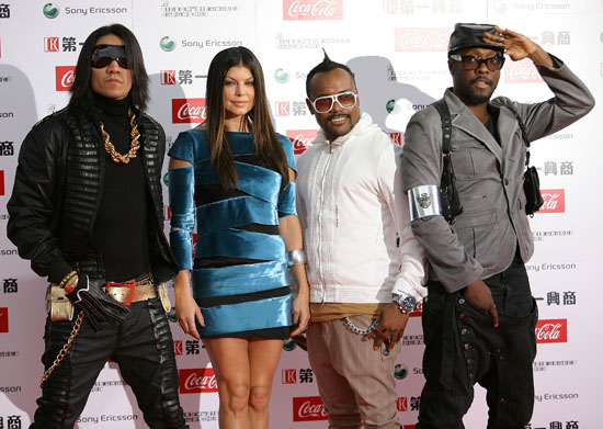 Black Eyed Peas // 2009 MTV Video Music Awards Japan (Red Carpet)