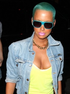 Amber Rose, her green(ish) hair and her colorful outfit outside the Villa in LA (July 2nd 2009)