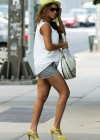 Beyonce shopping in New York City (July 25th 2009)