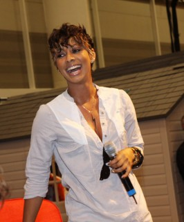 Keri Hilson // 2009 Essence Music Festival (Day 1)
