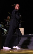 Maxwell // 2009 Essence Music Festival (Day 2)