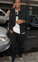 Jay-Z arriving at the Radio 1 Studios in Lonon, England (July 21st 2009)