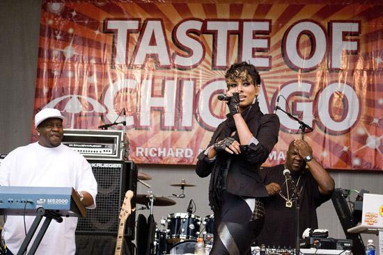 Keri Hilson // 2009 Taste of Chicago Festival