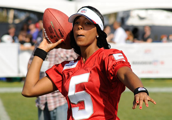 Kelly Rowland // Madden NFL '10 Pro-Am Celebrity Football Tournament