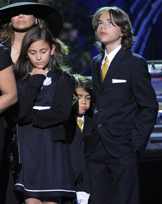 Michael Jackson's kids at his public memorial at Los Angeles' Staples Center