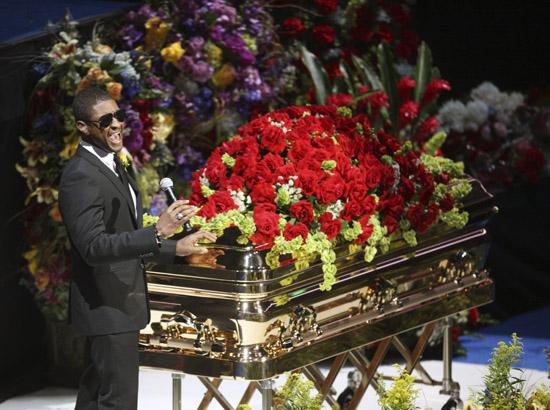 Usher // Michael Jackson's Public Memorial at Los Angeles' Staples Center