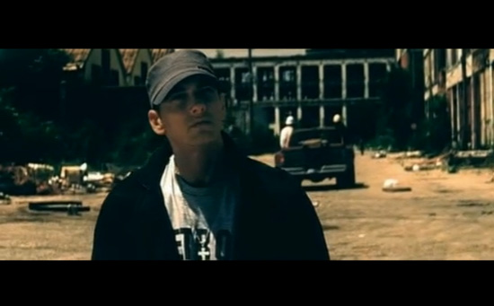 "[MUSIC VIDEO] Eminem - ""Beautiful"""