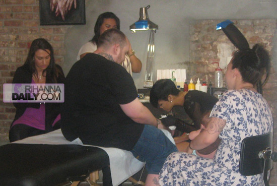 Rihanna taking tattoo lessons at East Side Ink in NYC (July 1st 2009)