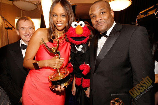 Tyra Banks and Kevin Clash (voice of Elmo) // 2009 Daytime Emmy Awards