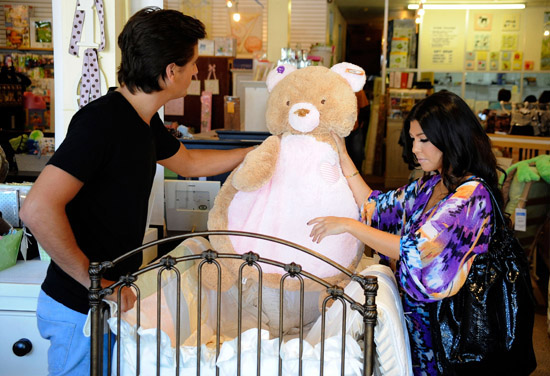 Kourtney Kardashian and Scott Disick baby shopping at the Juvenile Shop in California (August 20th 2009)