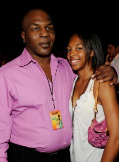 Mike Tyson and his daughter // 2009 Teen Choice Awards (Show)