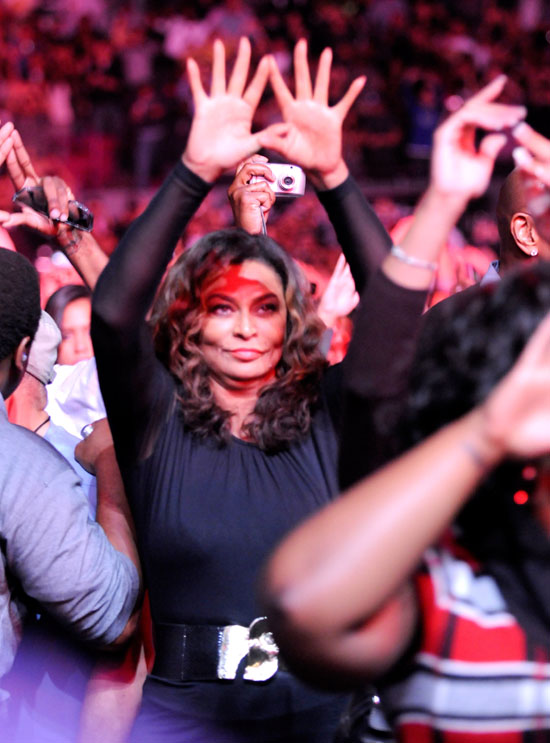 "Tina Knowles // Jay-Z's ""Answer the Call"" 9/11 Benefit Concert"