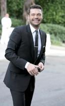 Ryan Seacrest outside Khloe Kardashian & Lamar Odom's wedding in Los Angeles (September 27th 2009)