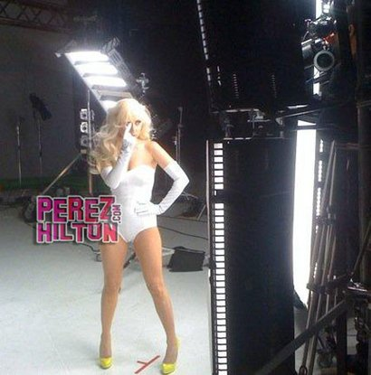 """Lady Gaga on the set of Beyonce's """"Video Phone"""" music video"""