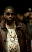 """Gucci Mane F/ Usher - """"Spotlight"""" music video still"""