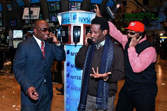 Boyz II Men on the trading floor of the New York Stock Exchange - November 24th 2009
