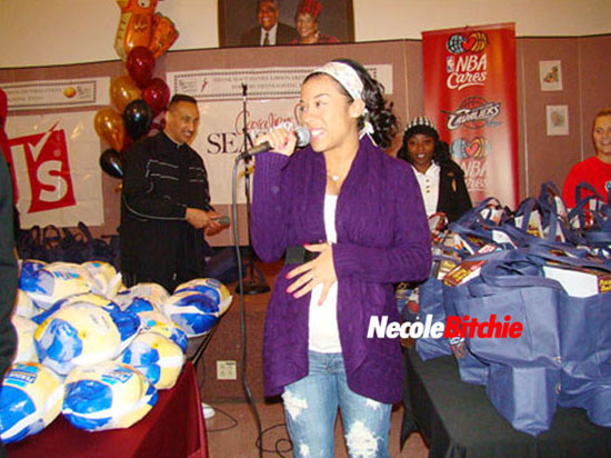 A pregnant Keyshia Cole speaks at Bethany Baptist Church in Cleveland