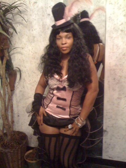 Free (Halloween 2009)