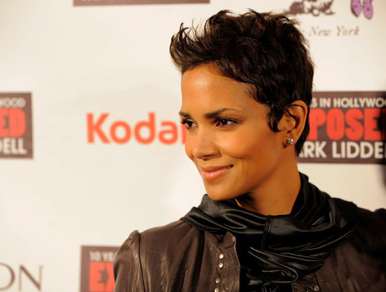 "Halle Berry // ""An Evening of Awareness"" Jenesse Center/Trevor Project Benefit"