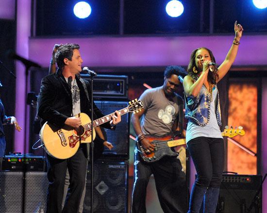 Alejandro Sanz and Alicia Keys // 10th Annual Latin Grammy Awards (Show)