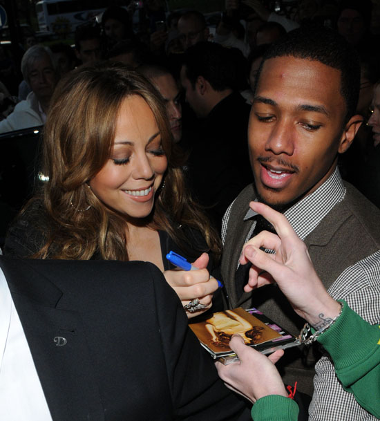 Nick Cannon & Mariah Carey outside their hotel in London - November 15th 2009