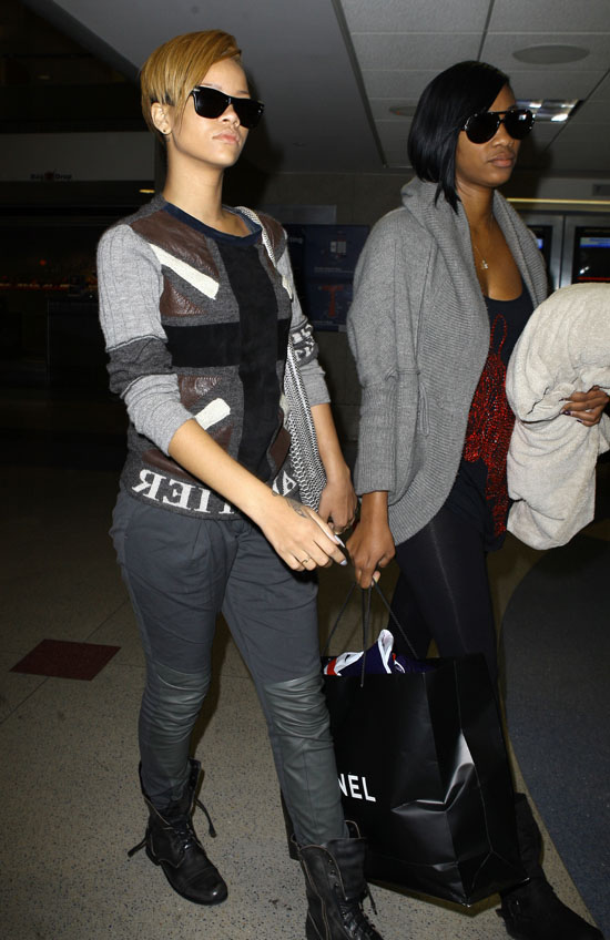 Rihanna arriving at LAX Airport in Los Angeles – November 20th 2009