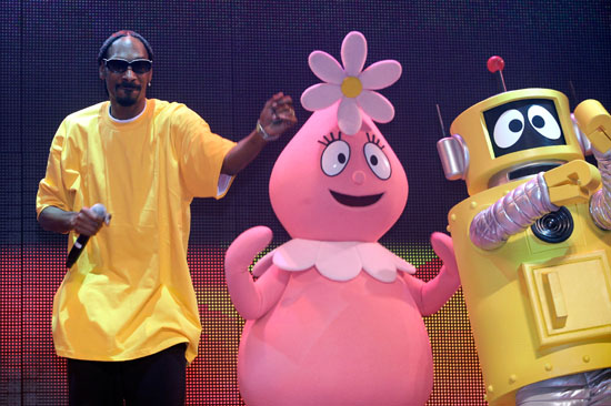 "Snoop Dogg, Foofa and Plex // ""Yo Gabba Gabba! : There's A Party In My City"" Live Show"
