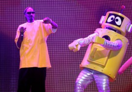 "Snoop Dogg and Plex // ""Yo Gabba Gabba! : There's A Party In My City"" Live Show"