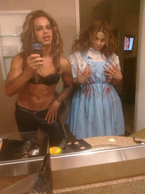 Steph Jones & Jordin Sparks (Halloween 2009)