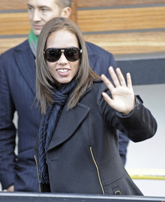 Alicia Keys arriving at a studio in London, England - December 8th 2009