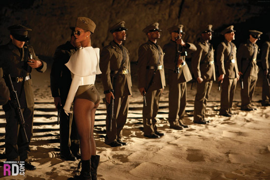 "Rihanna // ""Hard"" music video"