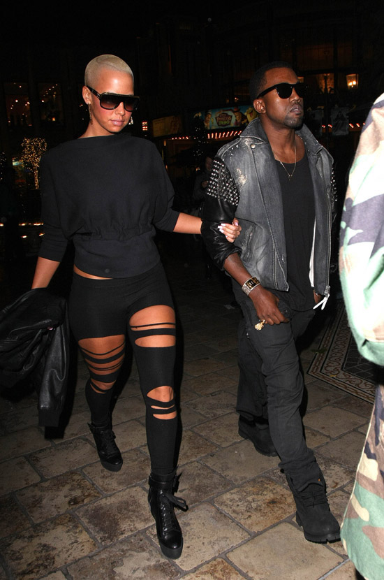 """Kanye West & Amber Rose leave a movie theater in Hollywood after catching """"Avatar"""" - December 22nd 2009"""