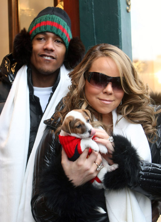 Mariah Carey & Nick Cannon show off their 2-month-old puppy in Aspen, CO - December 22nd 2009