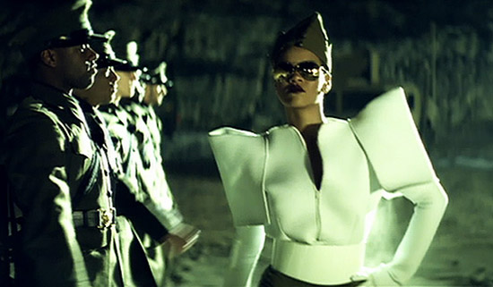 "Rihanna in her new ""Hard"" music video"