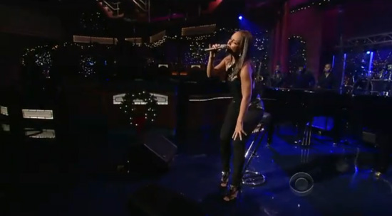 "VIDEO: Alicia Keys Performs ""Try Sleeping with a Broken Heart"" on the Late Show with David Letterman -- click to watch!"