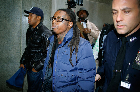 Lil Wayne arriving at the New York Supreme Court - December 15th 2009
