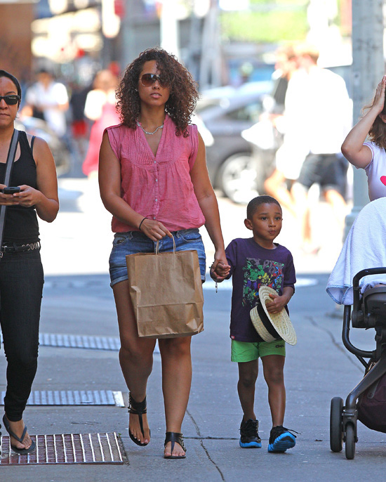 Alicia Keys Takes Her Sons Egypt And Kasseem Dean Jr. Out