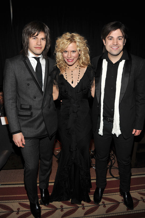 neil kimberly and reid perry of the band perry