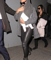 Beyonce, Blue Ivy and Tina Knowles Leaving the Doctor (Mar 28)